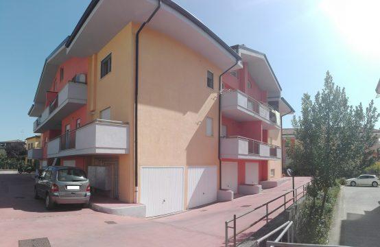Appartamento con mansarda in Viale Cesare Augusto
